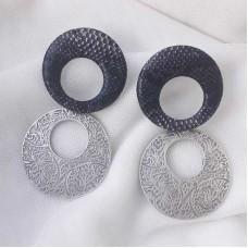 Μεγάλα σκουλαρίκια