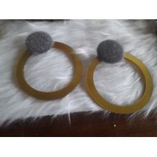 Σκουλαρίκια  με διακοσμητικό στοιχείο